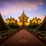 Karaweik Palast in Yangon, Myanmar