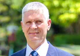 Norbert Zimmer ist Geschäftsführer bei Sri siam Holidays und der Experte für Myanmar, Thailand und Laos
