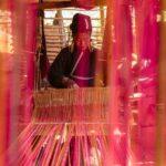 die Bewohner der umliegenden Bergdörfer von Kiangthung sind bekannt für ihre Webarbeiten