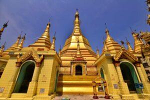 Die Sule Pagode in Yangon (Rangun) Myanmar, Burma